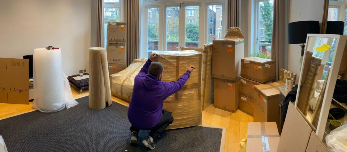 Moving house somewhere else? Smart Move London will move you, not just your boxes!